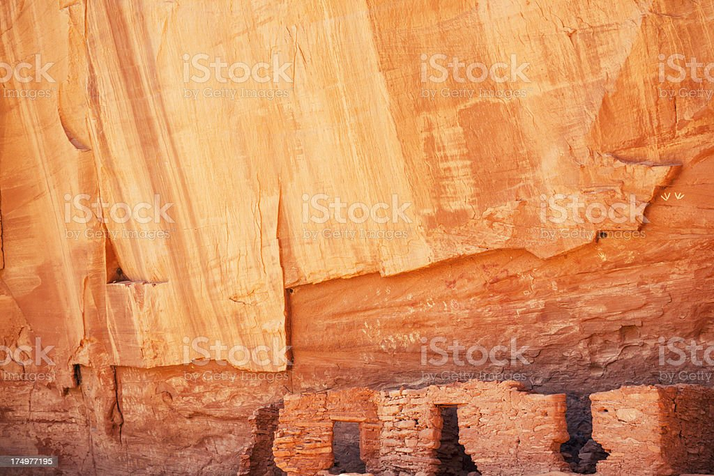 Many Hands Ruins in Mystery Valley - Monument.Valley stock photo