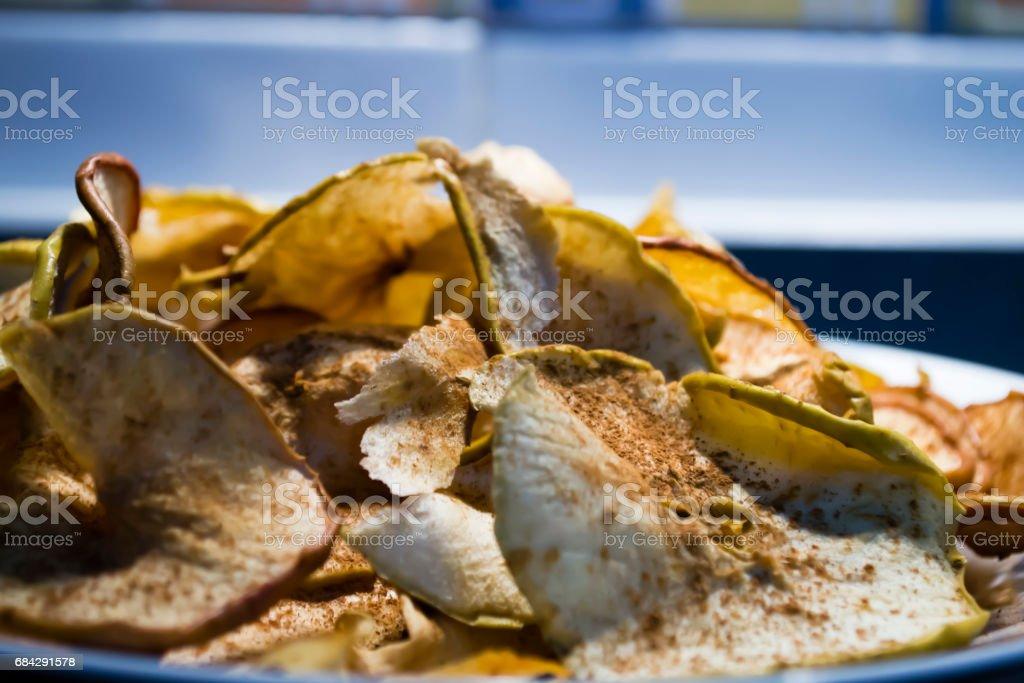 manzana al horno stock photo