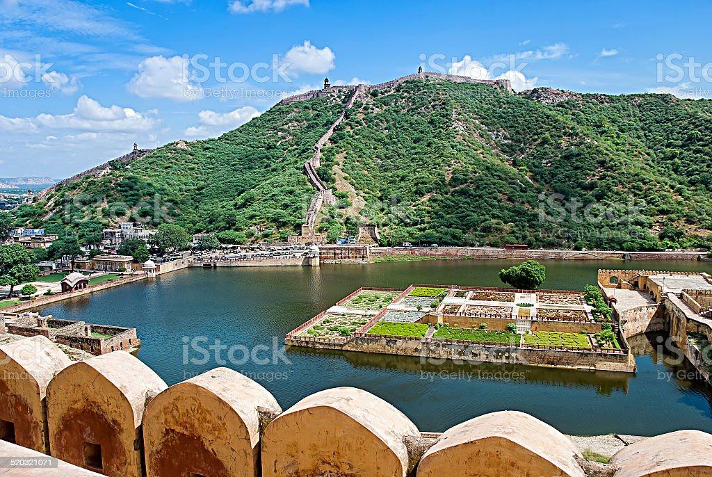 Lac Maota et jardins de Fort d'Amber de Jaipur, en Inde photo libre de droits