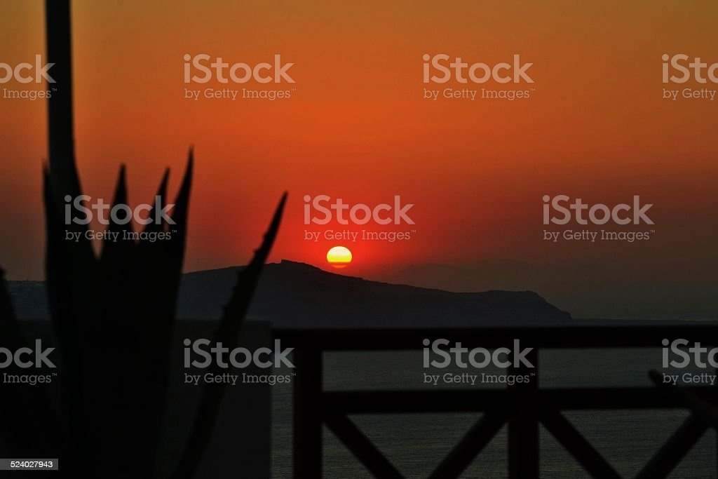 Mar Mediterraneo at sunset. Greece. Santorini stock photo