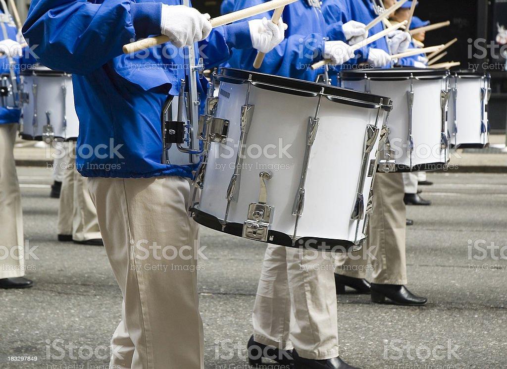 Banda che marcia Drummers foto stock royalty-free