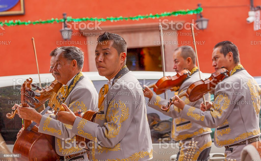 Mariachi Band Violin Players Jardin San Miguel de Allende Mexico stock photo