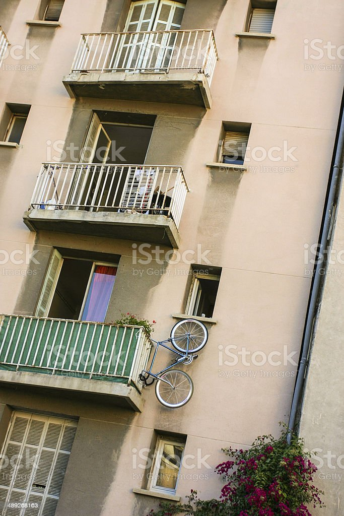 Marseille, Hausfassade mit Fahrrad stock photo