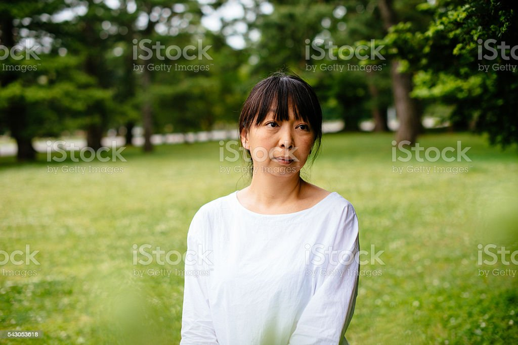 Mature real asian woman enjoys
