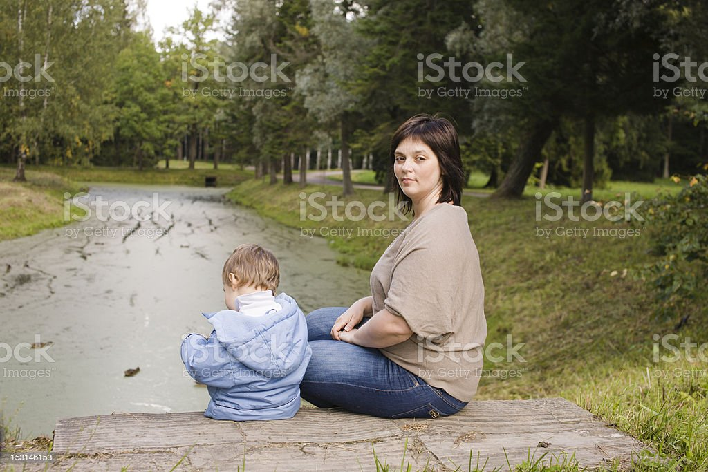зрелая тетя овладела мальчиком