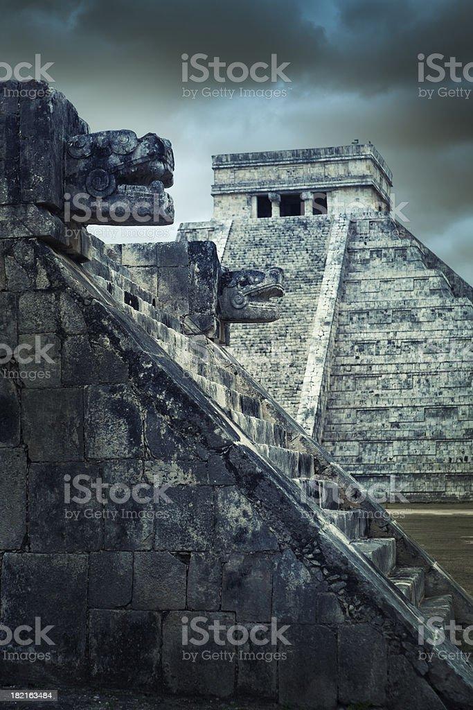 Mayan Chichen Itza Traditional Temple Pyramid Ruin, Yucatan, Mexico stock photo