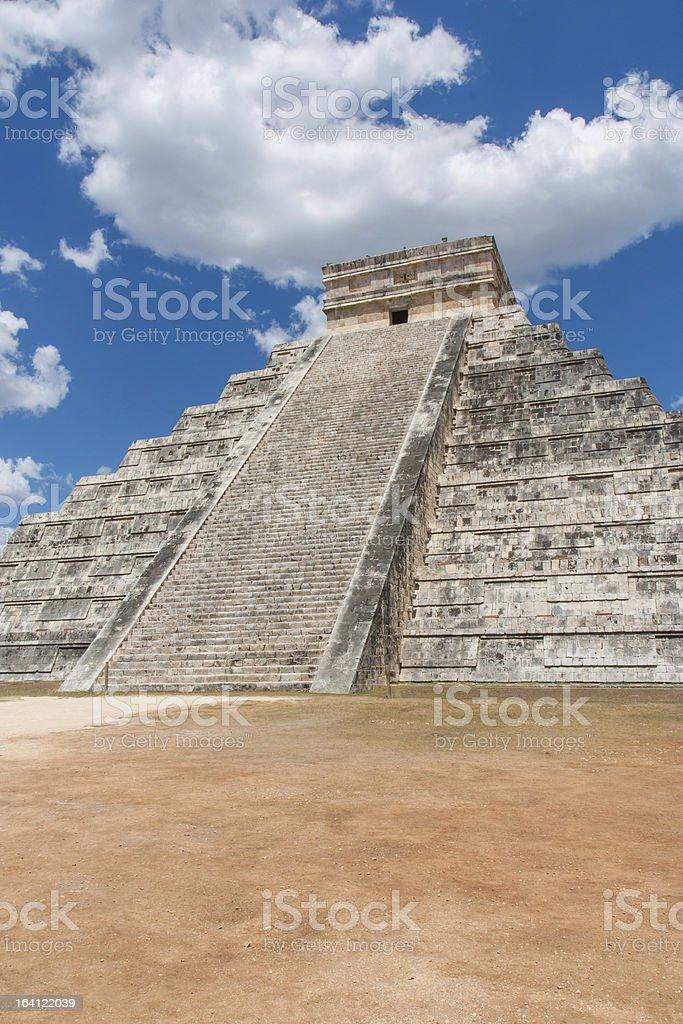 Mayan Pyramid in Chitchen Itza royalty-free stock photo