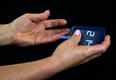 Measuring glucose level in blood