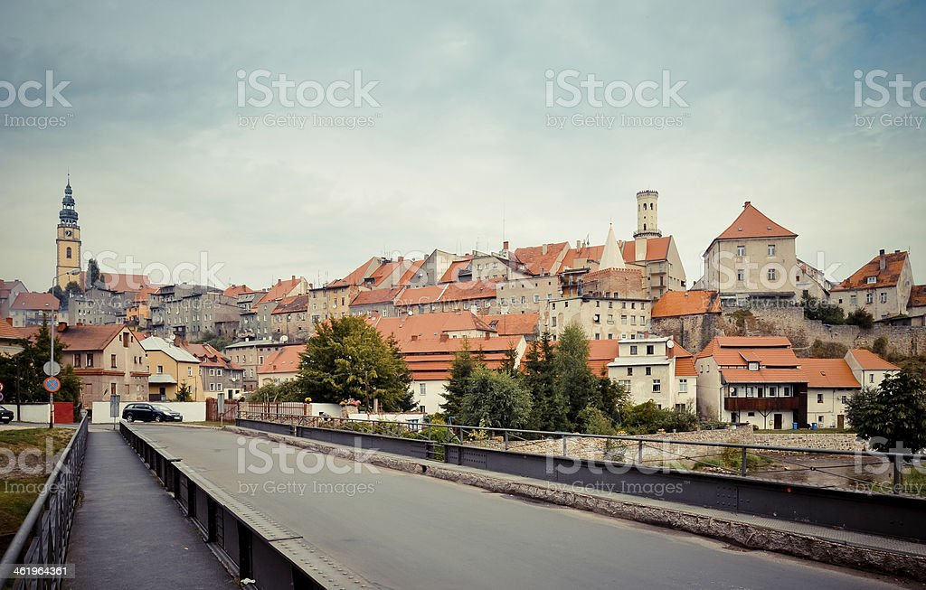 Mittelalterliche Stadt panorama.  Bystrzyca Klodzka, Polen Lizenzfreies stock-foto