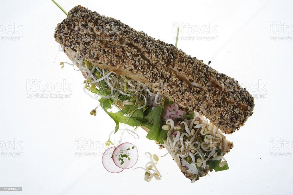 mediterranes sandwich mit sprossen, rucola royalty-free stock photo