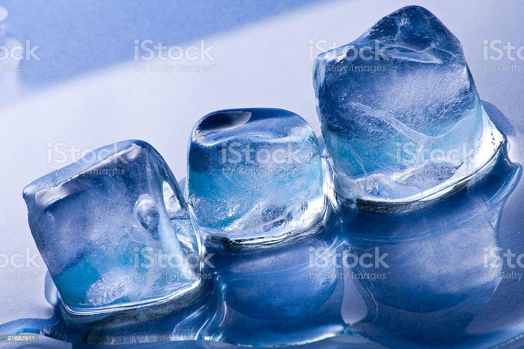Плавления кубики льда Стоковые фото Стоковая фотография