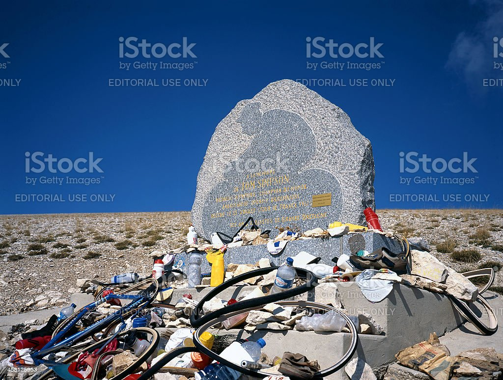 Memorial for cyclist Tom Simpson at the Mont Ventoux stock photo
