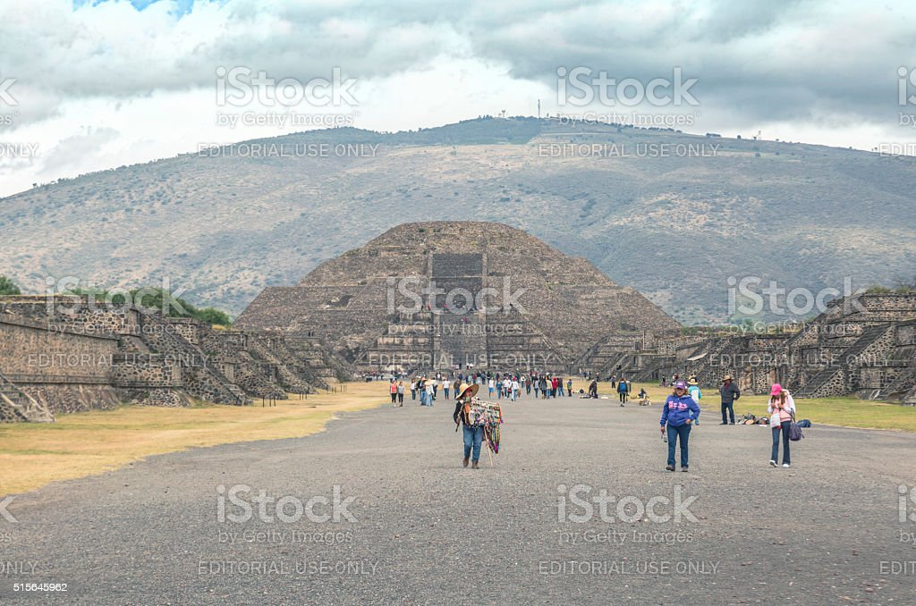 Merchants on The Avenue of the Dead, Teotihuacan stock photo