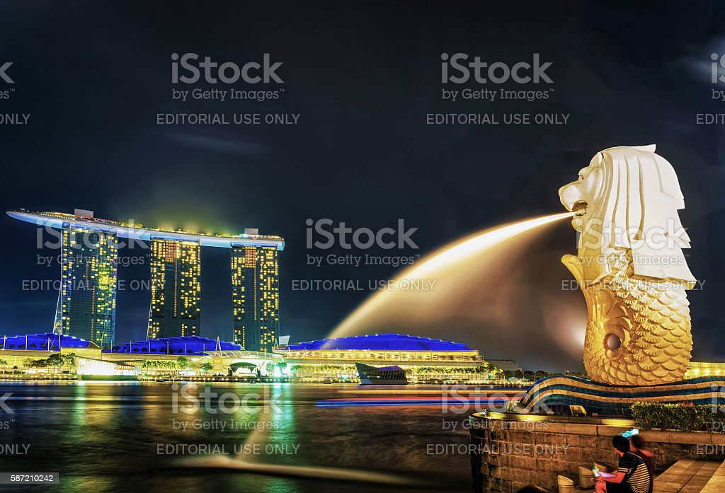 Merlion statue at Merlion Park and Marina Bay Sands stock photo