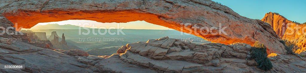 Mesa Arch, Canyonlands National Park, Utah, USA stock photo