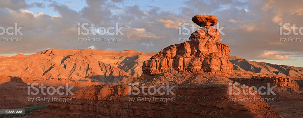 Mexican Hat rock formation, Utah, USA stock photo