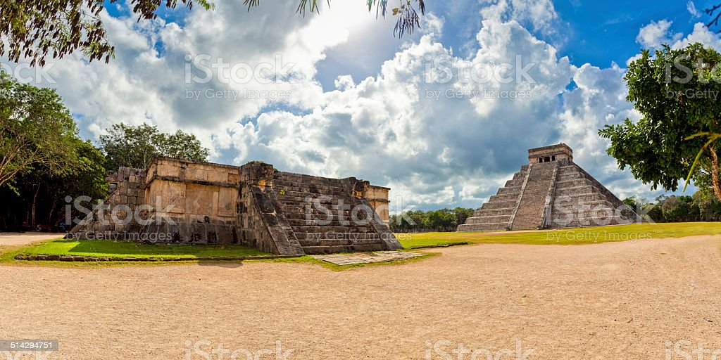Mexico,  Chichen Itza - Kukulc?n pyramid with Venus Platform stock photo