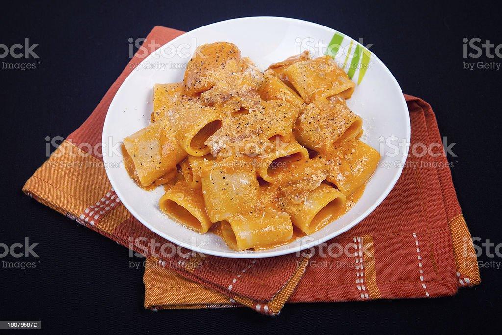 Mezzo pacchero all'Amatriciana stock photo