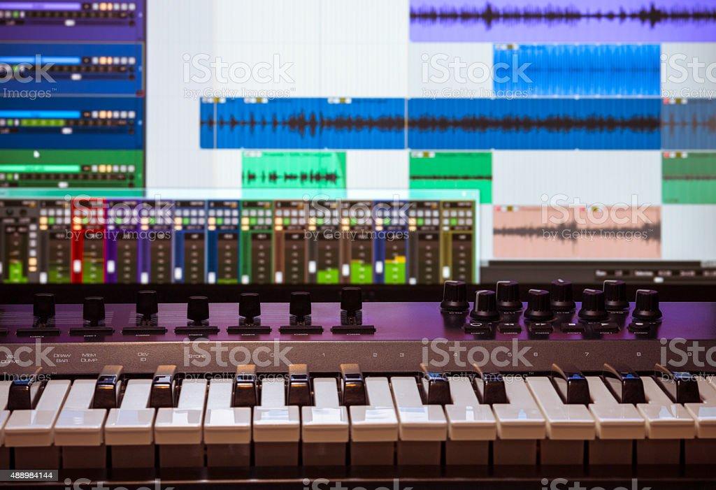 Midi keyboard with daw 1 stock photo
