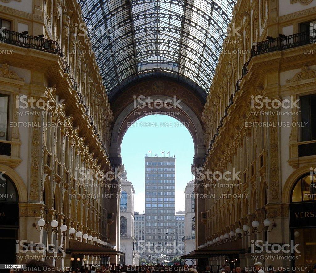 Milano - Braccio principale della galleria stock photo