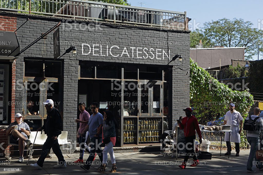 Mile End Delicatessen serving lunch in Brooklyn stock photo
