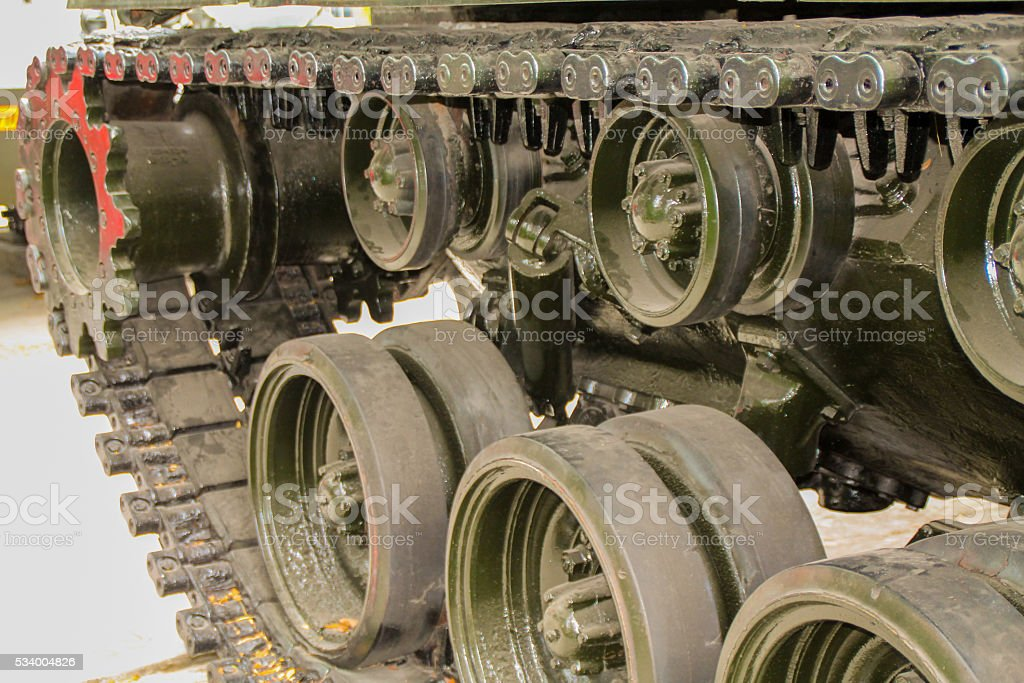 Débardeur militaires de l'armée voiture jusqu'à proximité photo libre de droits