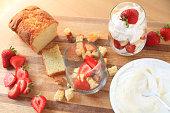 Mini-trifles with strawberries preparation