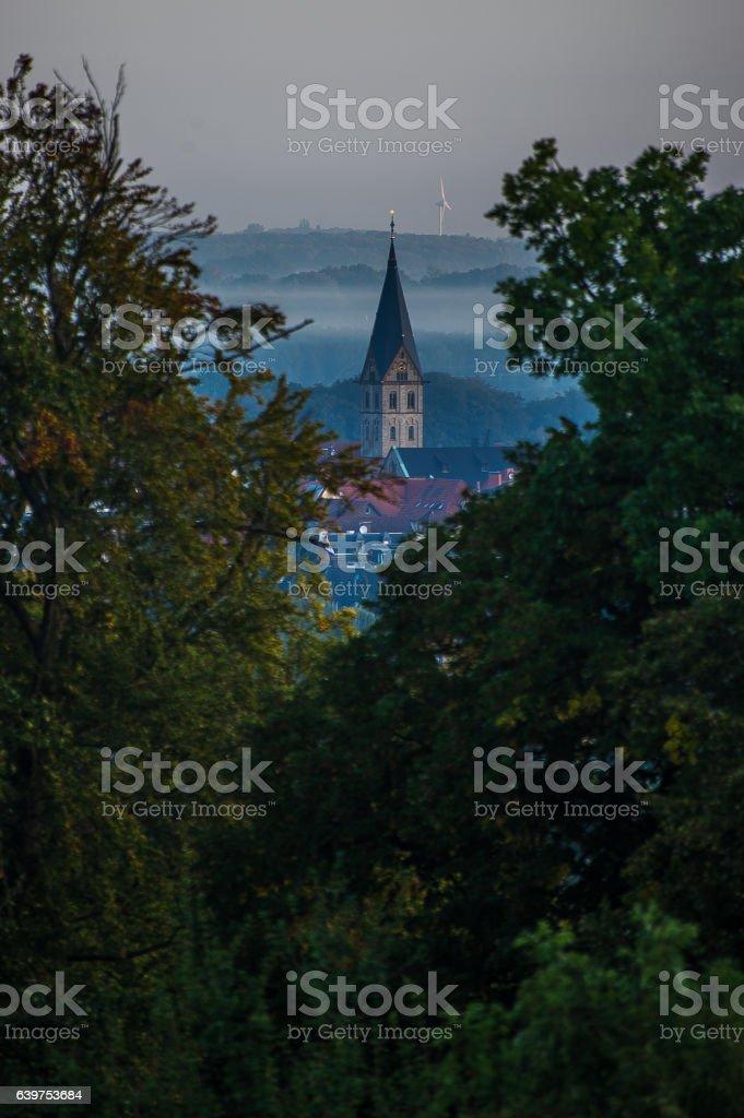 Mit blick zum Kirchturm stock photo