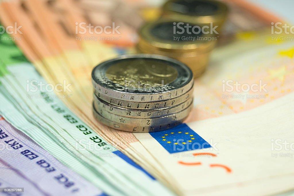 Münzen und Banknoten stock photo