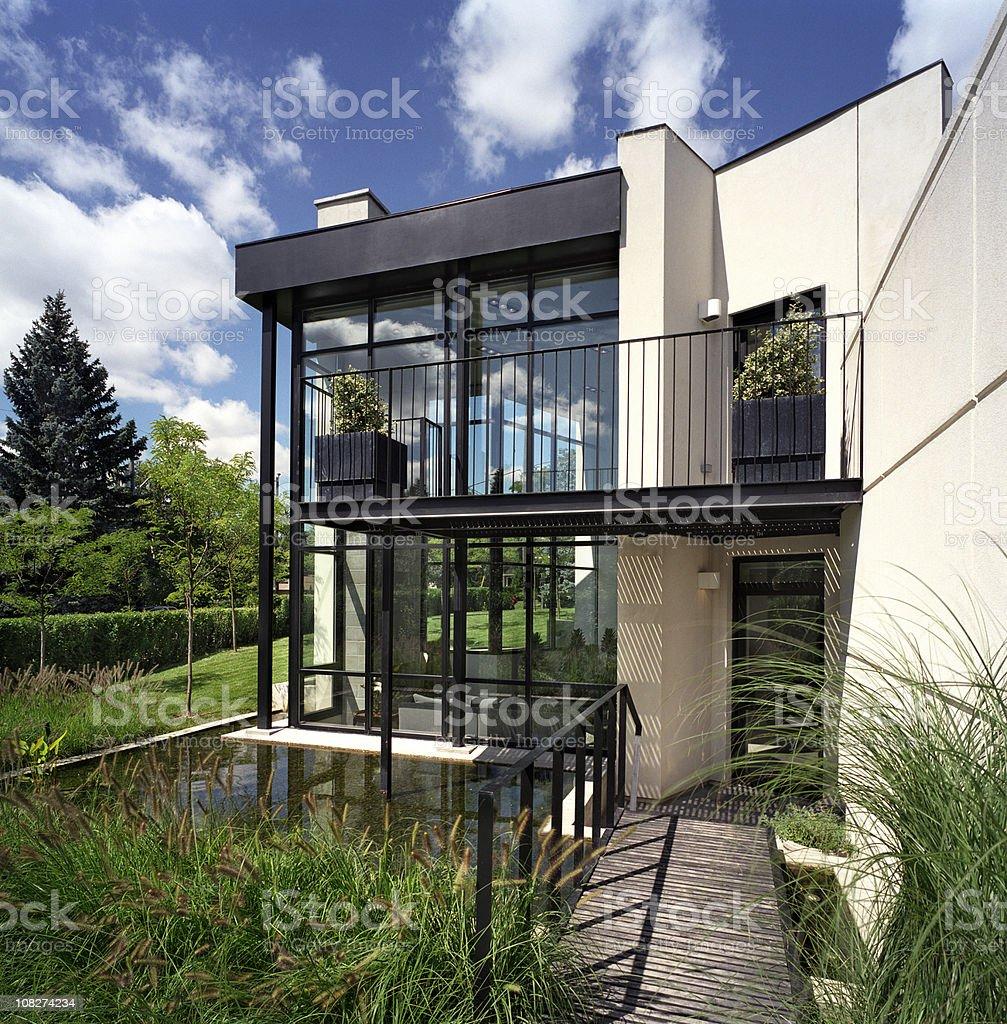 Maison Moderne Extérieur De Lhôtel Stock Photo Libre de Droits ...
