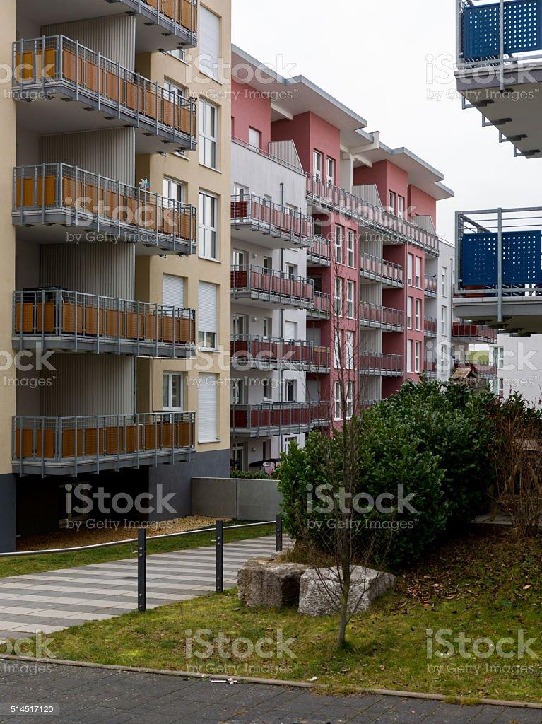 Moderne Wohnhäuser in Neubaugebiet stock photo