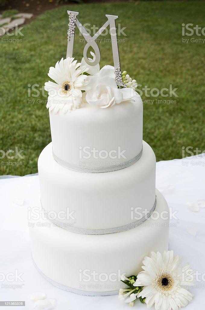Monogramed Wedding Cake royalty-free stock photo