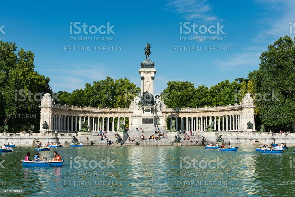 Monument and stairs at the Parque del Retiro in Madrid stock photo
