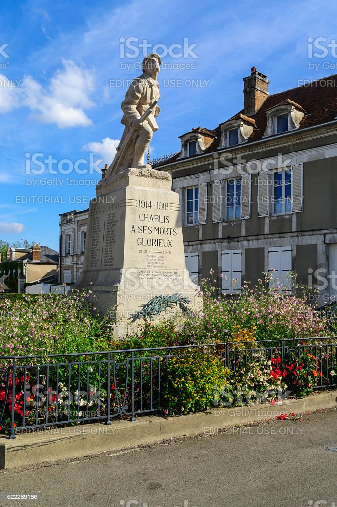 Monument for WWI casualties, in Chablis stock photo