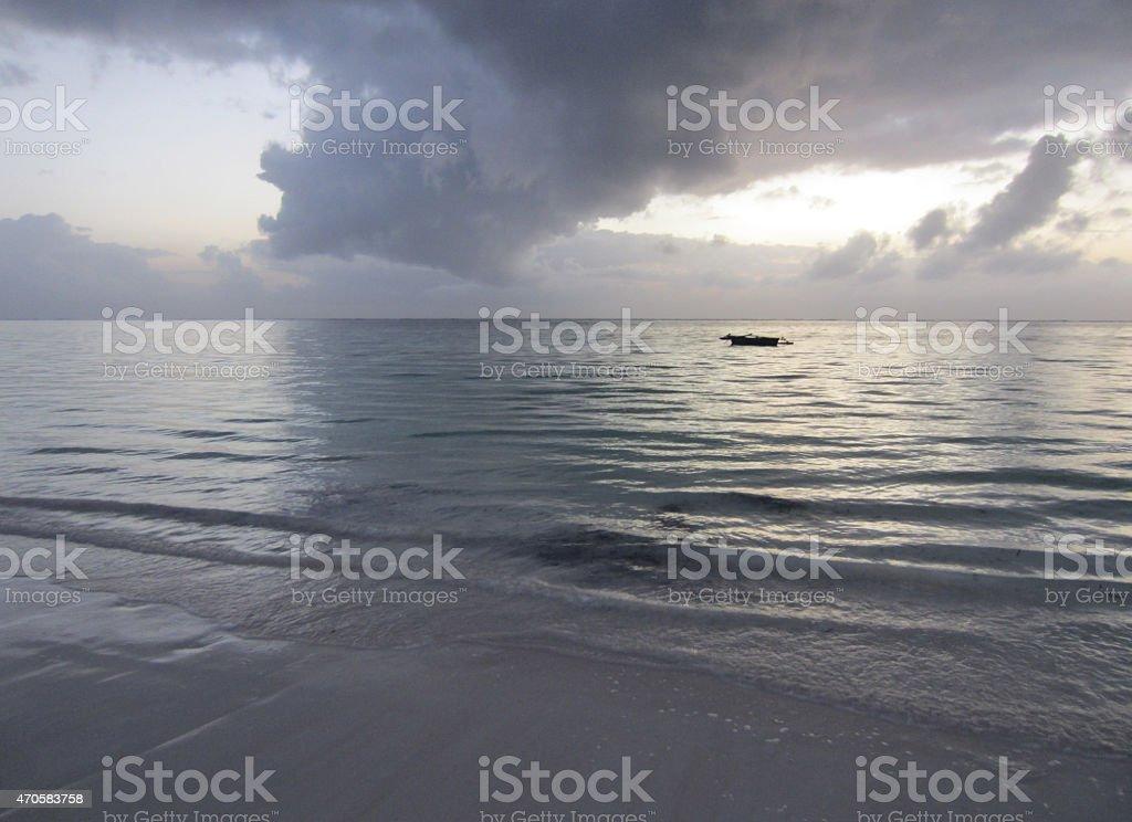 Morgendämmerung am Meer Diani Beach stock photo