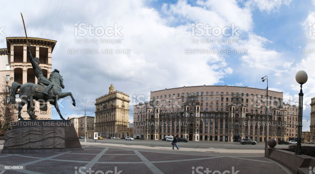 Moscow: the skyline of Moscow and the monument to Commander Bagration, prince of Georgian extraction and hero of Russian Patriotic War, erected in a public garden in Kutuzovsky Prospect stock photo