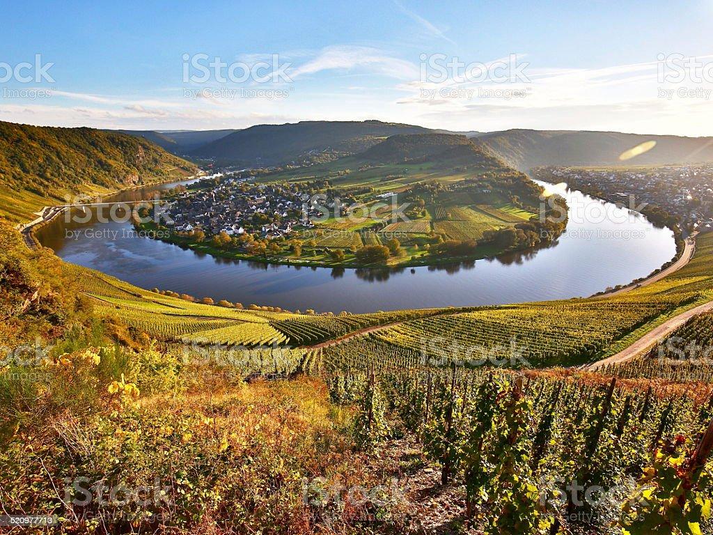Moselschleife bei Kr?v im Herbst stock photo