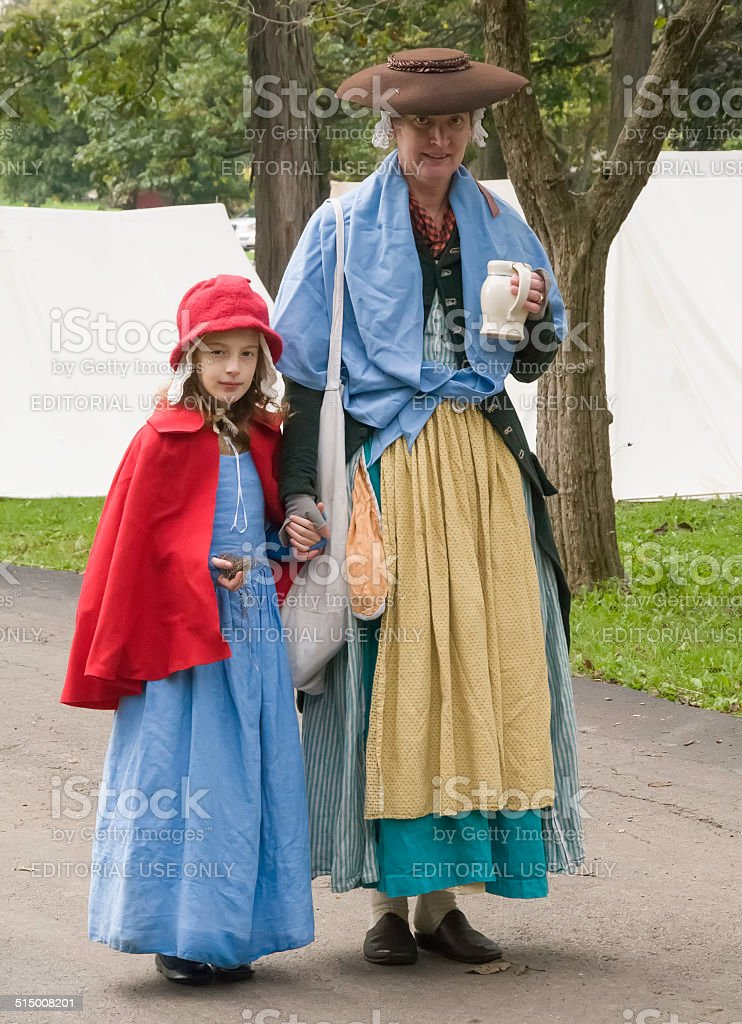 Mother and daughter in 18th-century American colonial dress stock photo