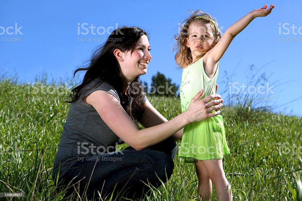 Madre e hija foto de stock libre de derechos