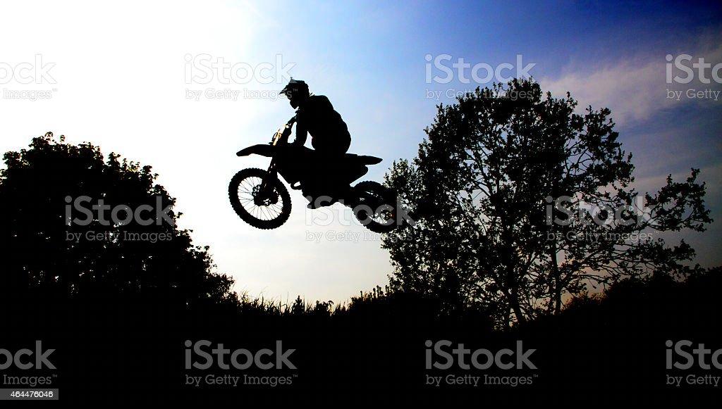 Motocrossfahrer springt royalty-free stock photo