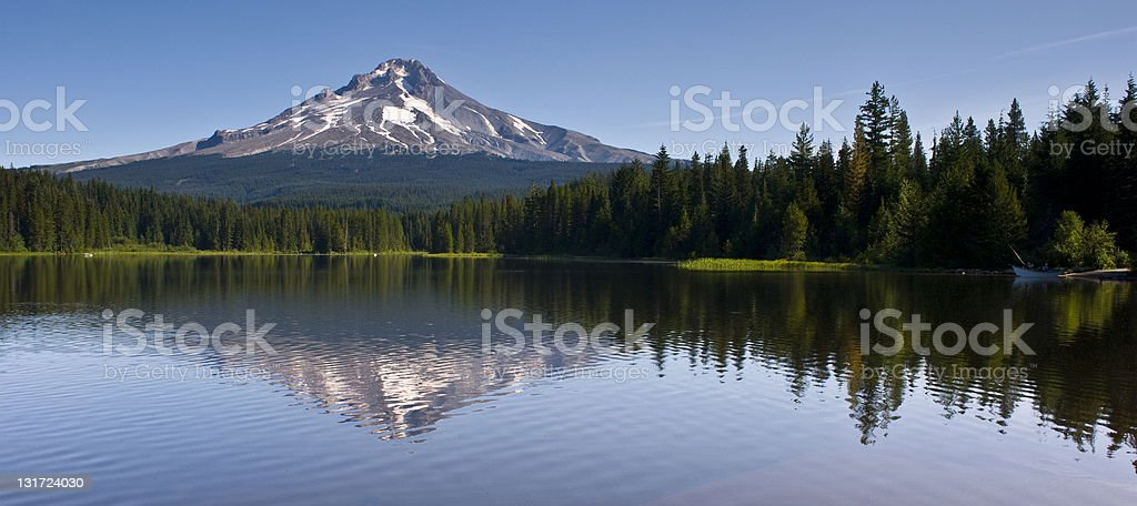 Mount Hood Trillium Lake on Beautiful Day in Pacific Northwest royalty-free stock photo