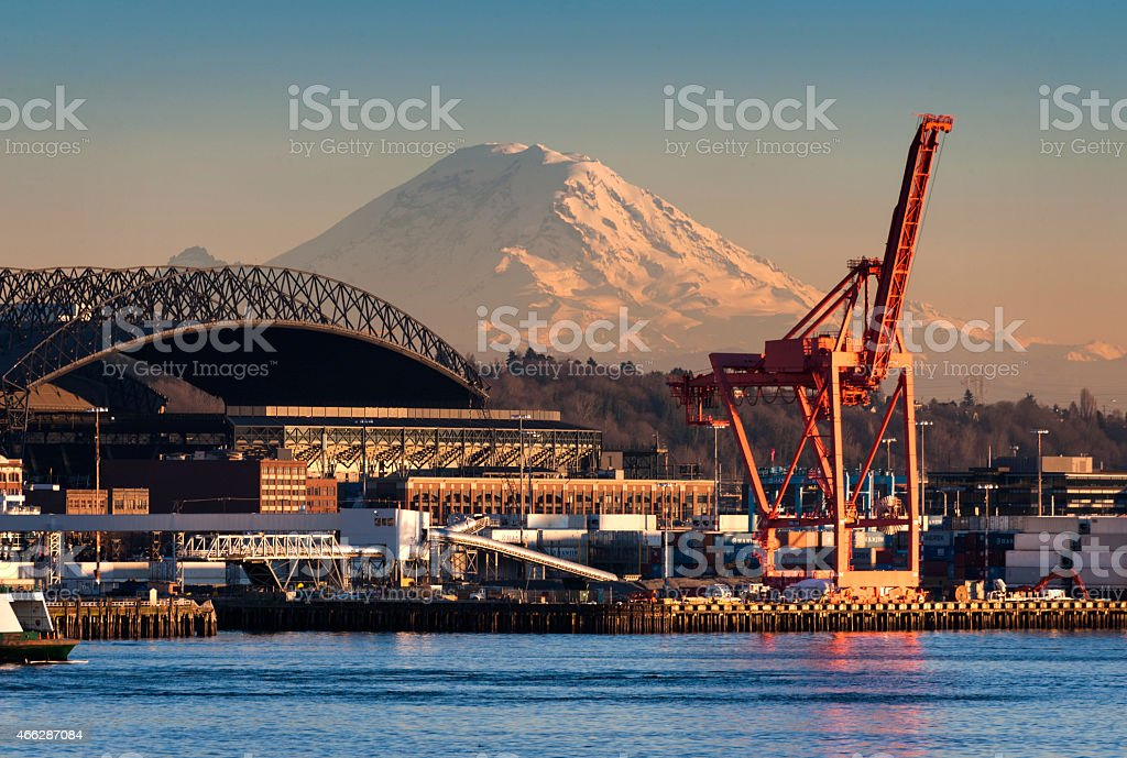 Mount Rainier and the Seattle waterfront stock photo