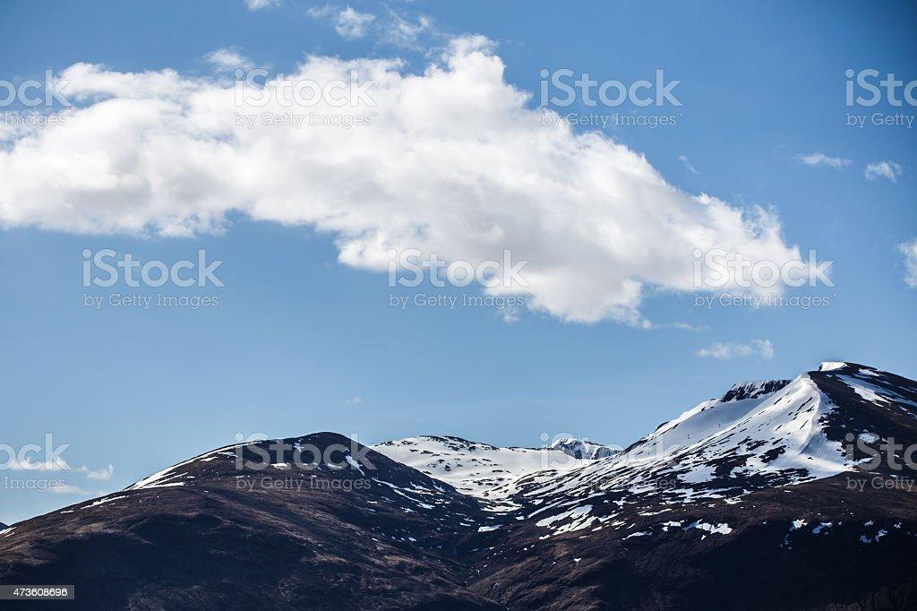 Montañas y el cielo foto de stock libre de derechos
