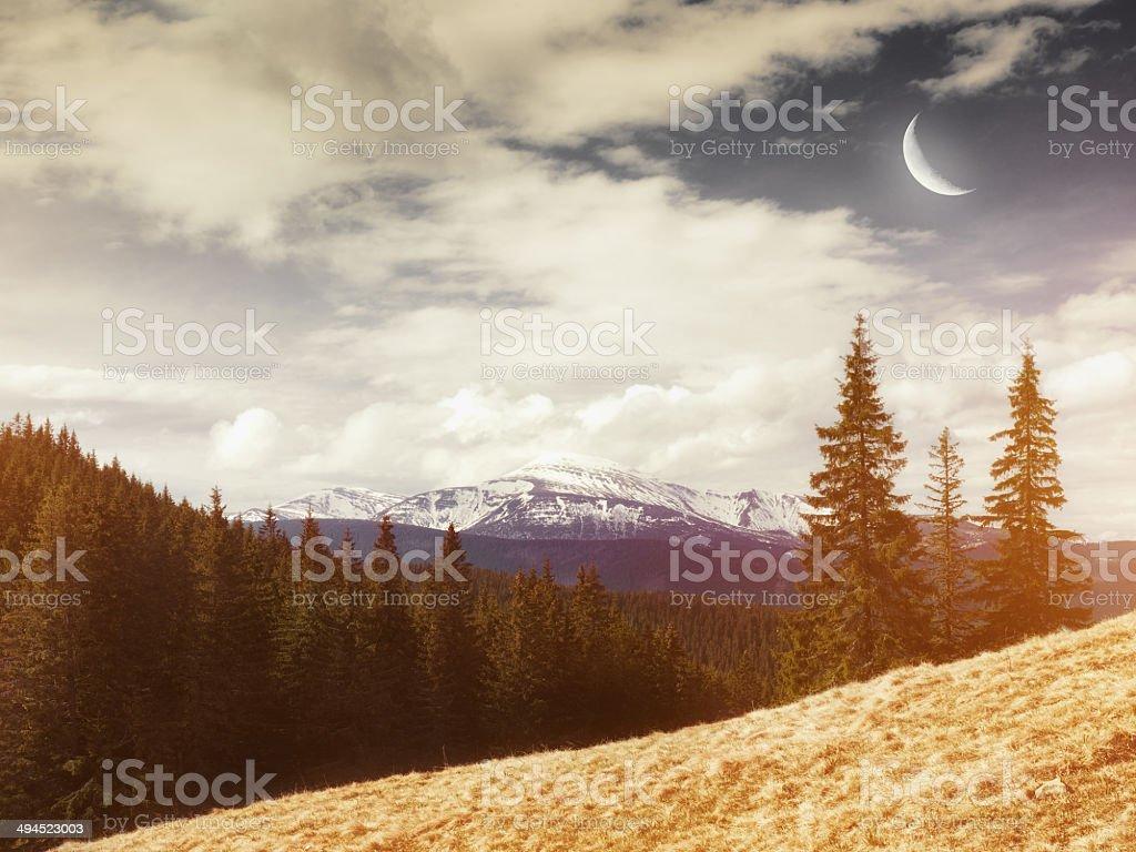 Les montagnes en arrière-plan.  Couleur Vintage photo libre de droits