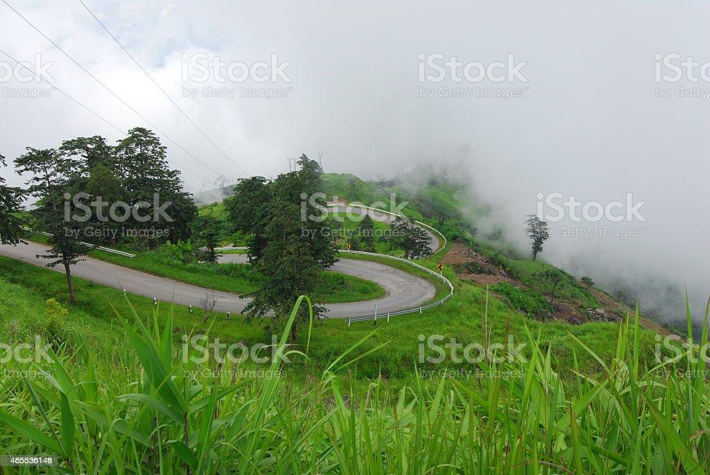 Górska Droga w rano mgła, Tajlandia zbiór zdjęć royalty-free