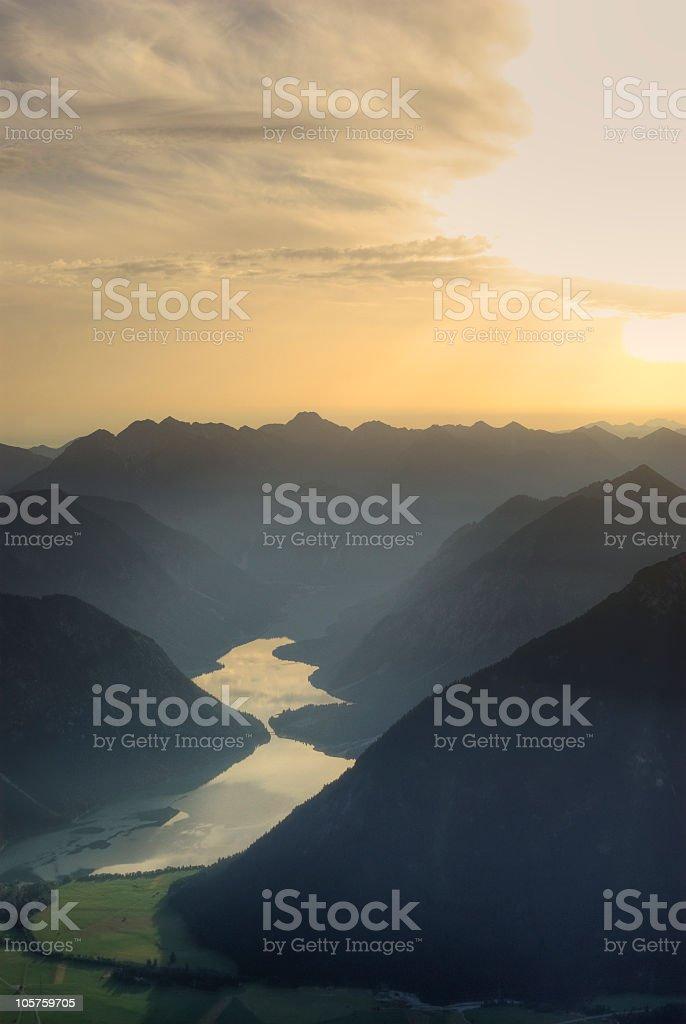 Mountain view to lake