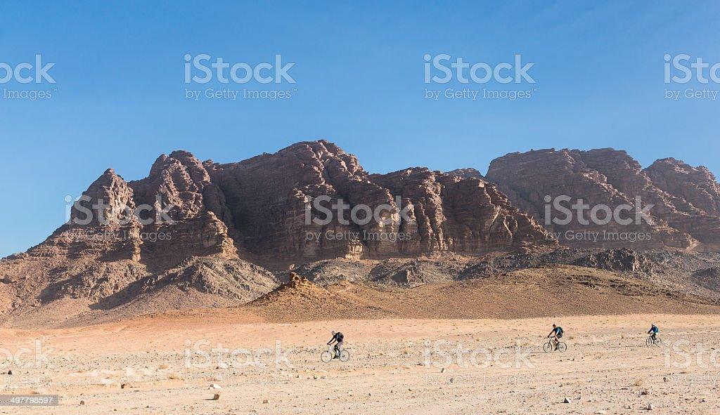 Mountainbike Expedition Wadi Rum, Jordan stock photo