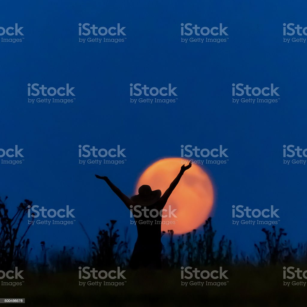 Frau hurra Vollmond stock photo
