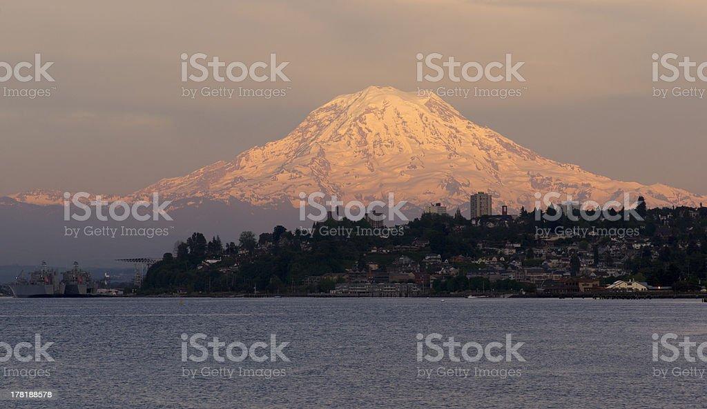 Mt Rainier Sunset Cascade Range Puget Sound North Tacoma Washington stock photo