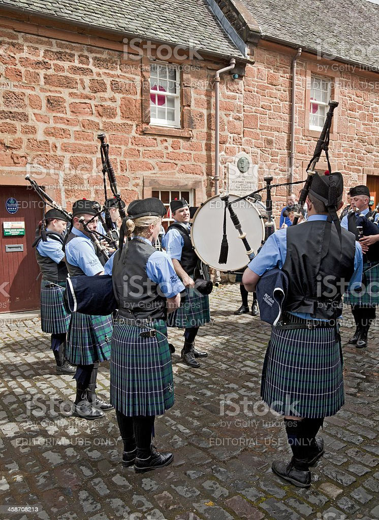 Muirkirk and District Pipe Band performing; Mauchline Holy Fair stock photo